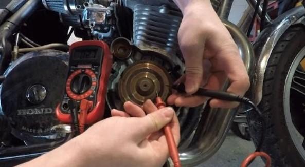 Tanda Kerusakan Pada Sistem Pengisian Motor