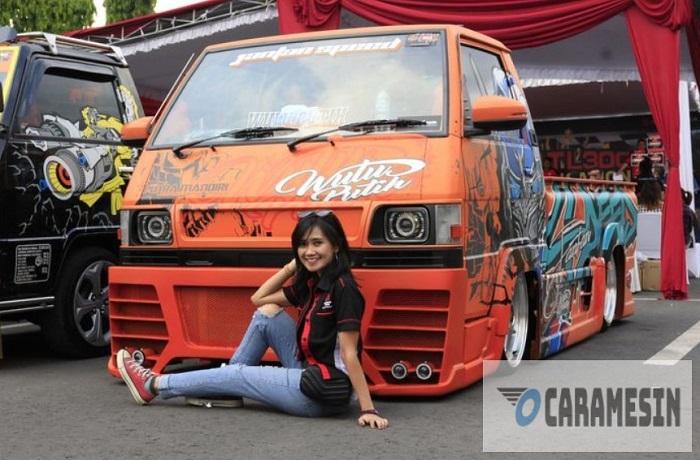 Modifikasi Stiker Oranye Mobil L300